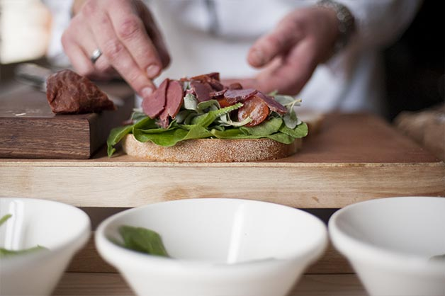 Layer kangaroo onto the sandwich