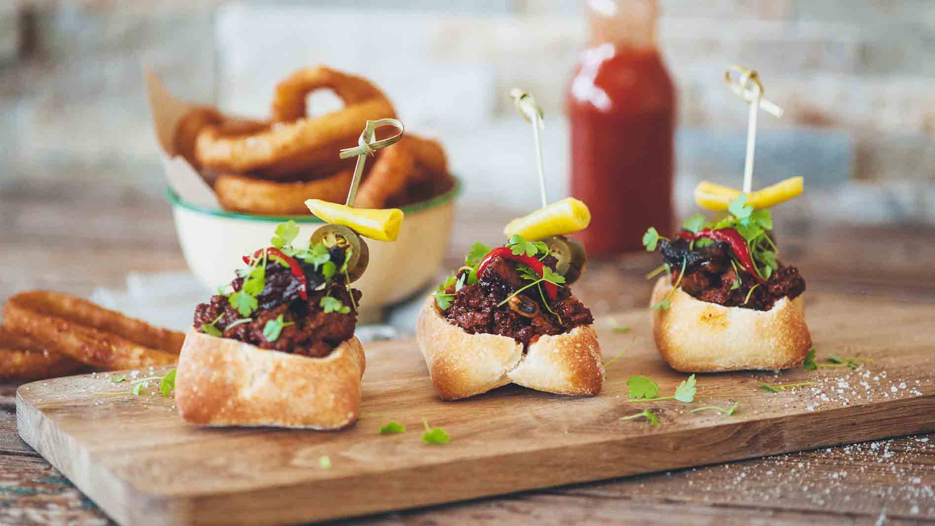 Bunny Chow Sliders with Three Bean Chilli and Burnt Ends