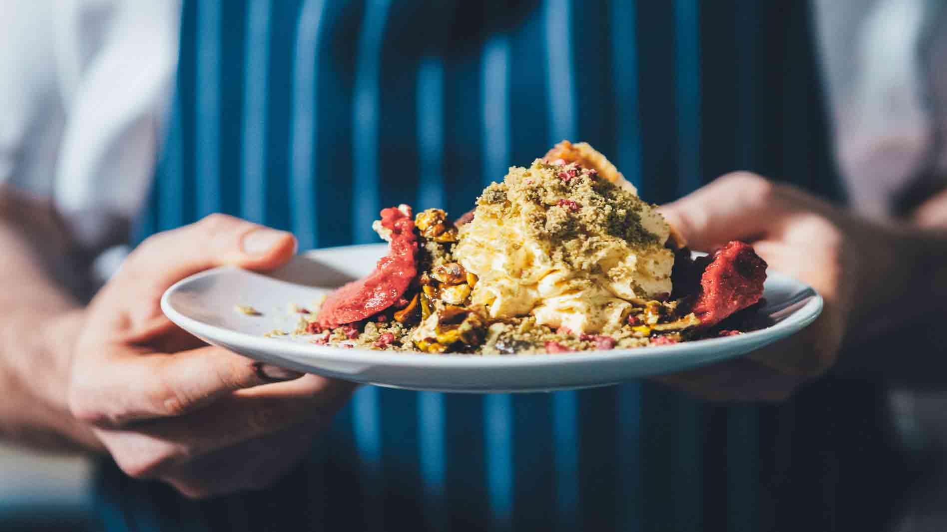 Raspberry and Pistachio Cheesecake