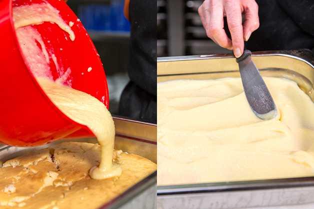 Spread Custard Over Cake
