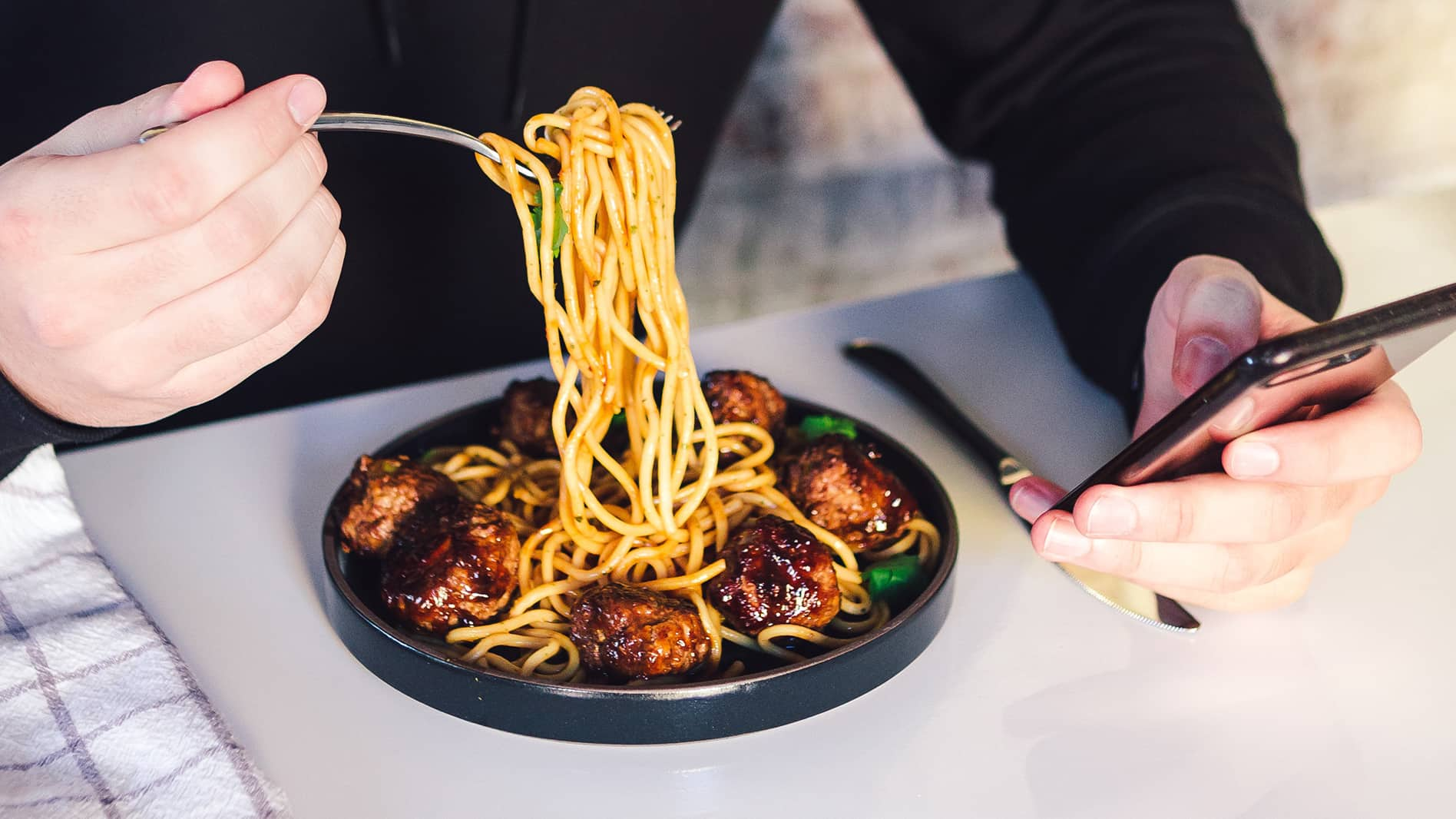 How solo dining is becoming the next big trend with customers