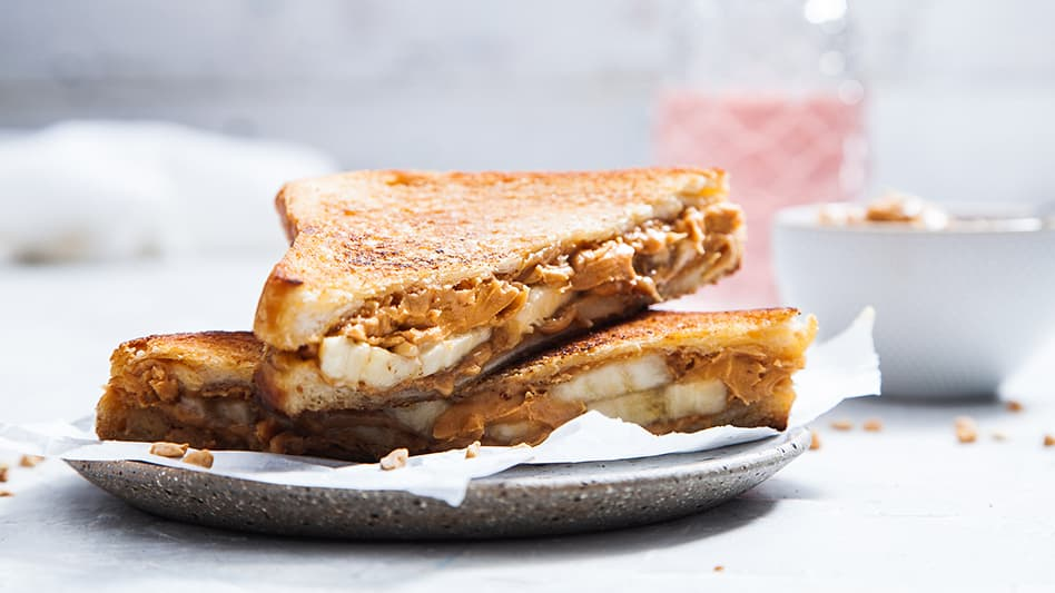 Elvis Presley Sandwich: Banana And Peanut Butter Toastie