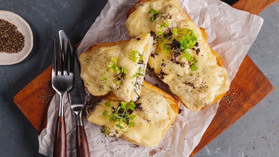 Garlic Bread Tuna Melt